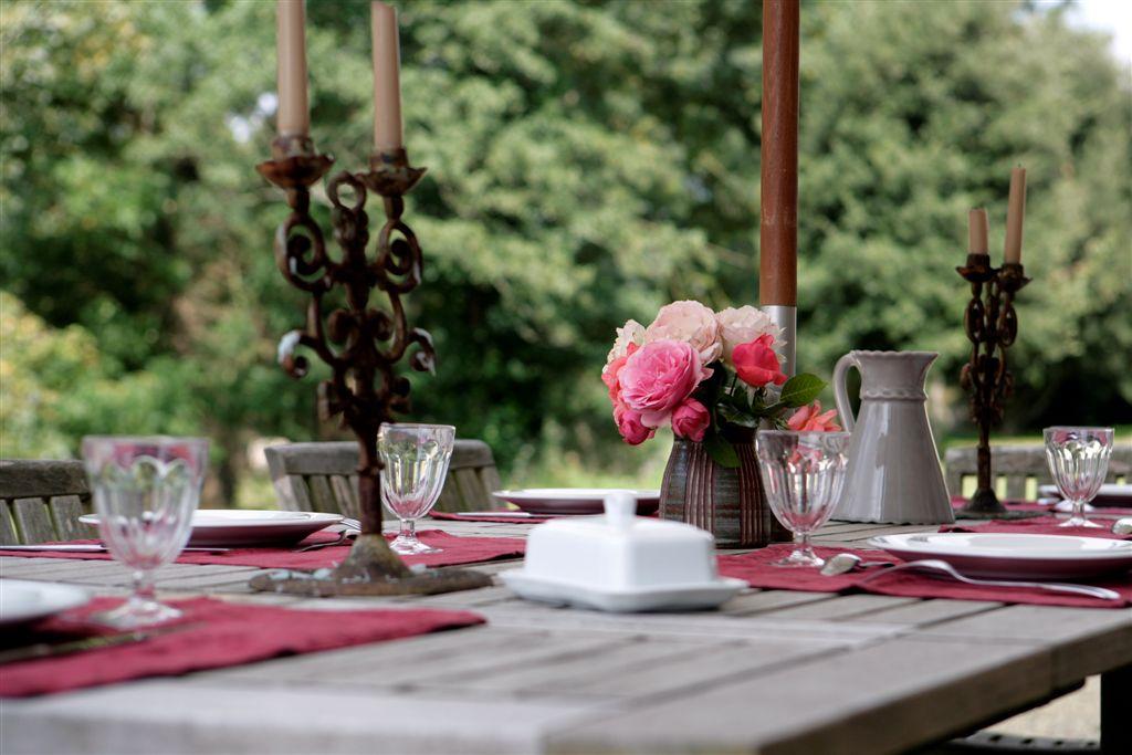 table de jardin - détail