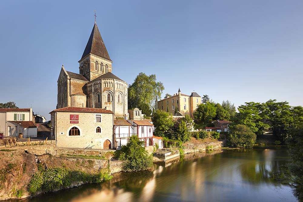 Mareuil sur Lay